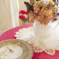 Crinkle Table Linen with Lace